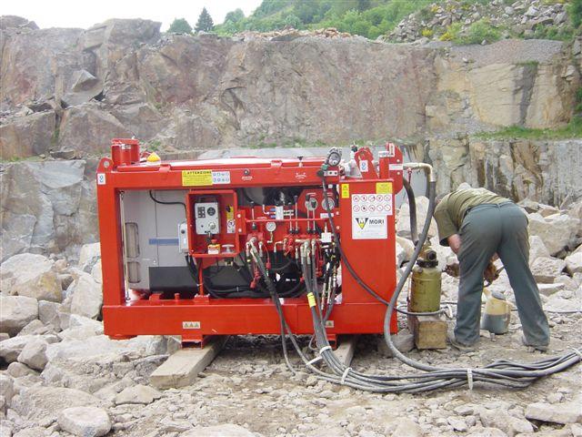 Centrale hydraulique avec panneau de commandes