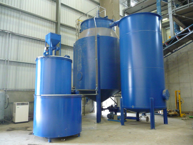 Treatment plant for water and sludge from plastics washing.