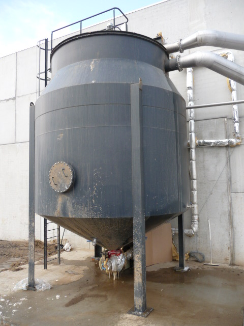 Clarifier for potato washing water